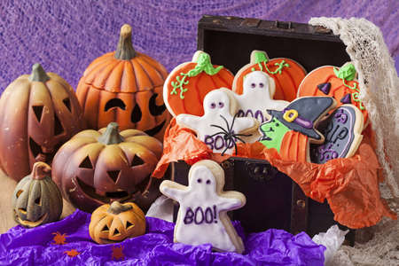 Biscuits color�s pour halloween Banque d'images - 22004224