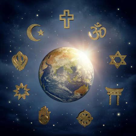 El planeta tierra y los símbolos religiosos Foto de archivo