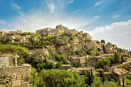 apt: General view of the village of Gordes