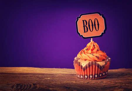 cake pick: Halloween cupcake with a cake pick