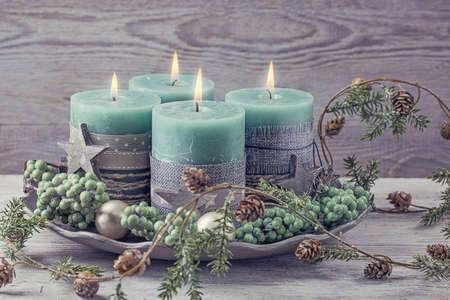 Vier groene kerst kaars voor komst