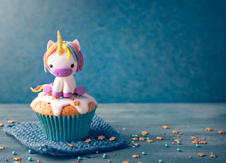 Unicorn cupcakes for a party Banco de Imagens - 78878980
