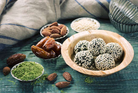 raw: Matcha energy balls from dates and almonds