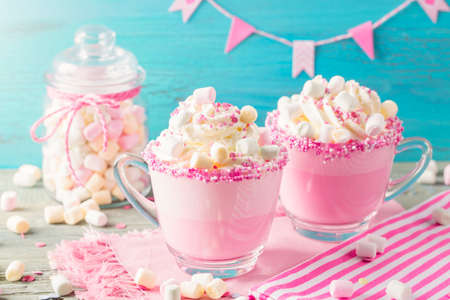 Unicorn hot chokolate and cookies for party
