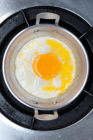 sunnyside: fried egg in the pan of thailand