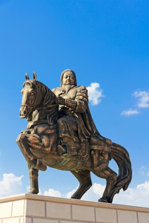 mausoleum: Statue of Genghis Khan at the Mausoleum, Ordos, Inner Mongolia, China