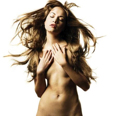 nudo integrale: Foto di moda della bella donna nuda con magnifici capelli Archivio Fotografico