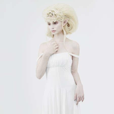 maquillaje de fantasia: Imagen con estilo de un elfo joven hermosa