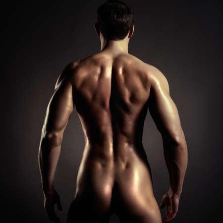 uomini nudi: Foto di nudo atleta con forte corpo