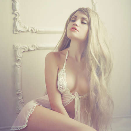 nude art model: Fashion art photo of young sensual lady in classical interior