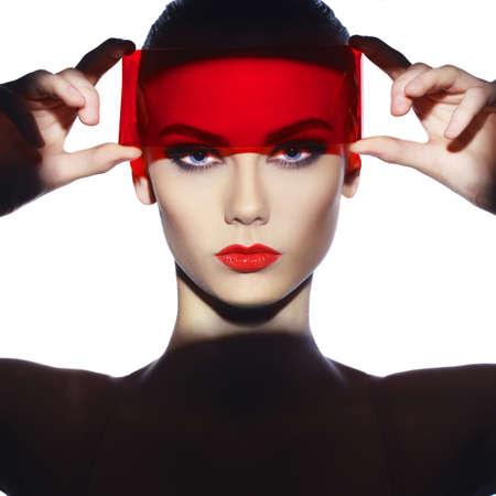 Fashion art studio foto van mooie elegante futuristische dame