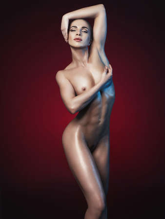 desnudo artistico: Foto de la manera del estudio de la aptitud de la mujer desnuda. Cuerpo perfecto. Salud y Belleza Foto de archivo