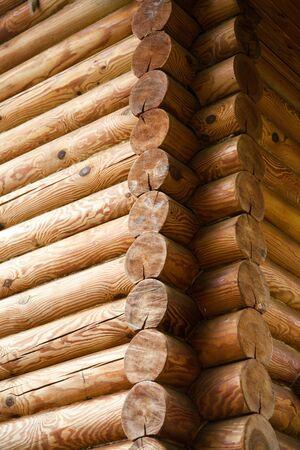 Winkel der Logwand aus Logs Standard-Bild