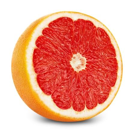 pomelo: mitad de un pomelo en el fondo blanco