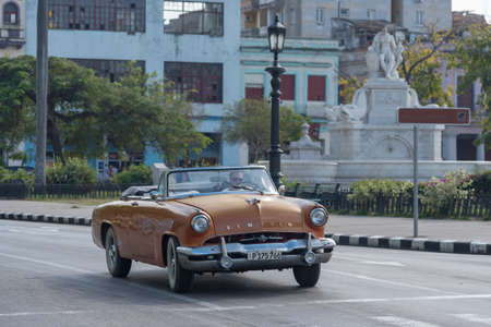 Old convertible taxi in the streets of Old Havana, is one of the most used attractions for tourists visiting the island.Habana.Cuba. January 2, 2019 写真素材 - 150565467