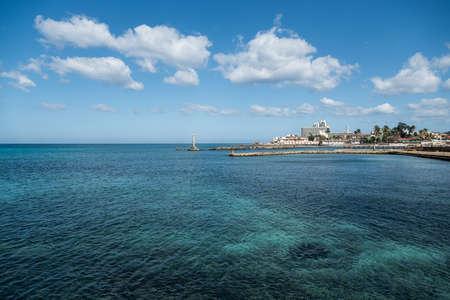 Rocky coast beach west of Havana in the neighborhood of Miramar: Havana. Cuba 스톡 콘텐츠