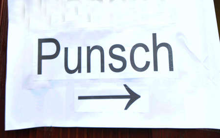Punch ('Punsch') sign with arrow