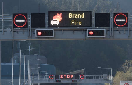fire outbreak in a tunnel, dangers in road traffic and transportation