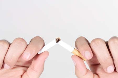 fumando: dejar de fumar Foto de archivo