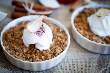 아이스크림과 사과 무너질