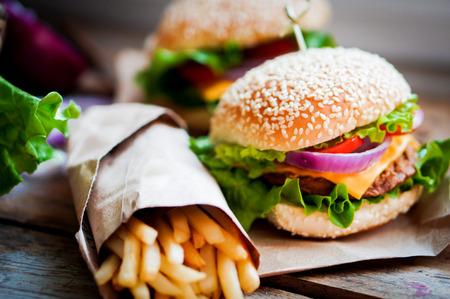comida: hamburguesa
