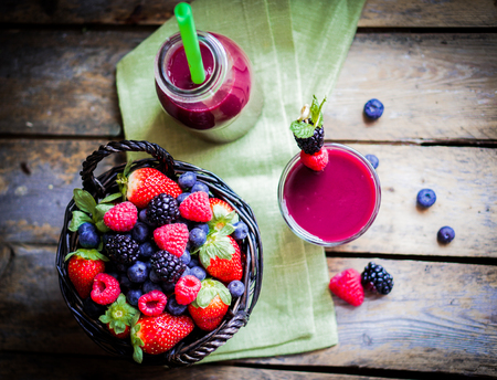 berry smoothie Banque d'images