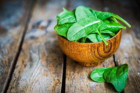 spinach salad: spinach