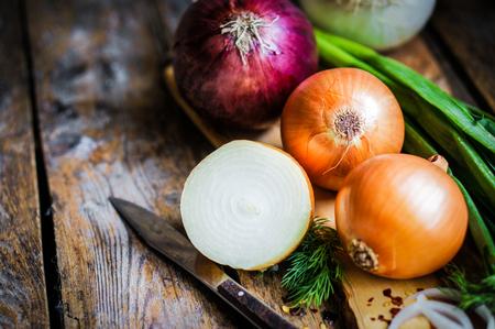 cebolla blanca: cebollas coloridas