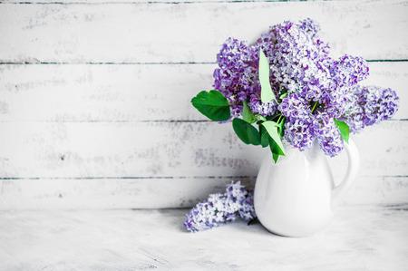 lilacs photo
