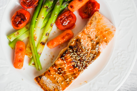 grilled salmon with vegetables photo