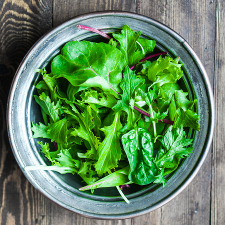close up: green salad