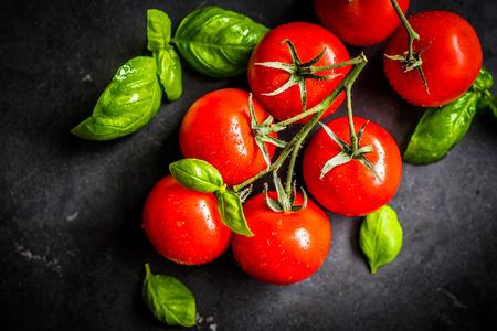 つるのチェリー トマト