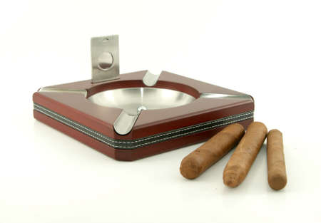 wood cutter: Cigar ashtray with cigars and cutter