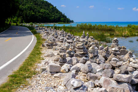 huron: The Mackinaw Island Highway  Highway M185 located on Mackinaw Island, Michigan is the only known highway in the US where motor vehicles are banned  Travel is by horse, foot or bike