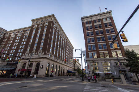 monroe: Grand Rapids, Michigan, USA - September 17, 2016: Monroe and Pearl Street in downtown Grand Rapids with the historical Amway Grand Plaza Hotel on the corner. Grand Rapids is one of  the largest cities in Michigan, second in size to Detroit. Editorial