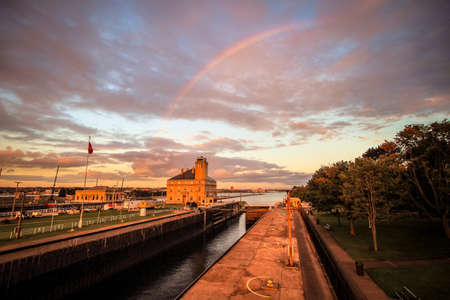 Sault Ste. Marie, Michigan, USA - September 18, 2016:  Rainbow over the Soo Locks in Upper Peninsula town of Sault Ste. Marie. 新闻类图片