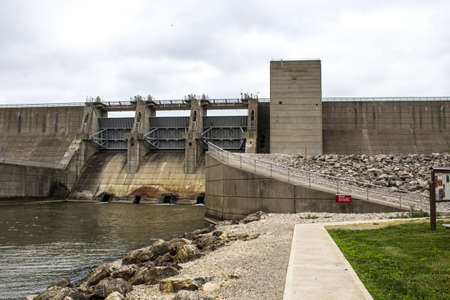 Mt. Sterling, Ohio, USA - June 3, 2016: The dam at popular Deer Creek State Park creates the Deer Creek Reservoir which is popular with boaters, anglers and outdoor enthusiasts