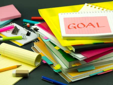 ビジネス書類の山目標