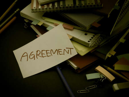 Somebody Left the Message on Your Working Desk; Agreement Reklamní fotografie
