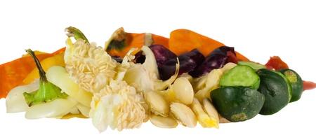 desechos organicos: Basura de cocina aislada sobre fondo blanco Foto de archivo