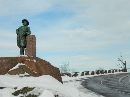 commissioner: Statue of Commissioner of Highways H. H. Kragh in Oslo.