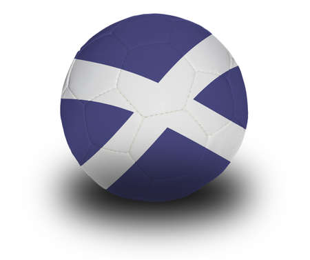 フットボール (サッカー ボール)、白の背景に影のスコットランドの旗で覆われています。