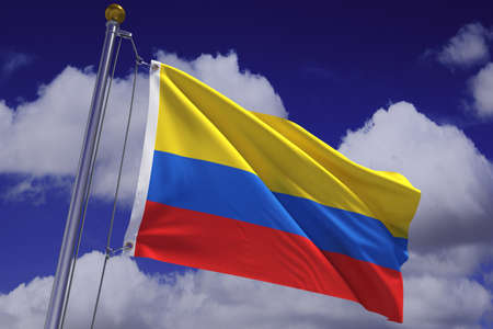la bandera de colombia: Representaci�n 3d detallada de la bandera de Colombia colgado de un poste de bandera y ondeando en el viento contra un cielo azul.  Bandera tiene una textura de tejido detallada y dise�o y colores. Se incluye un trazado de recorte.