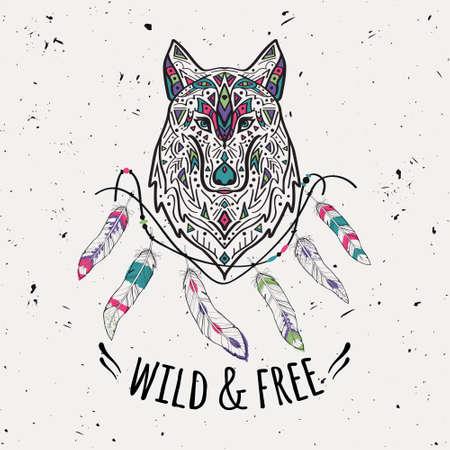 totem indien: Vector illustration colorée de loup de style tribal avec ornements ethniques, des plumes, des fils. motifs amérindienne. conception Boho. Wild and Free concept.