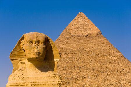 sfinx: De Sphinx en de Grote Piramide van Giza