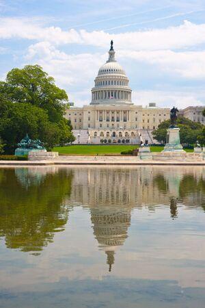 obama: United States Capitol in Washington D  C