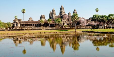 angkor wat: Angkor Wat temple near Siem Reap in Cambodia