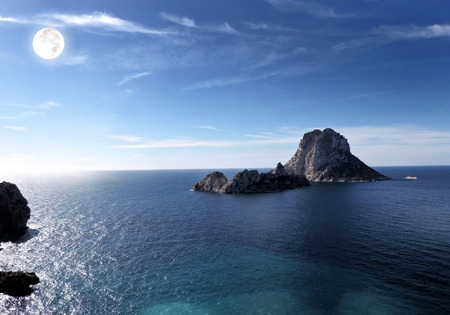 vedra: Magic rock of Ibiza. Es Vedra and Es Vedranell at full moon.