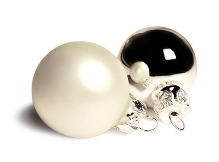 chrstmas: Silver christmas tree balls, isolated on white background