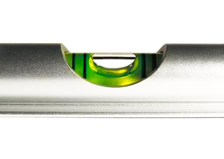 Das Niveau der Flüssigkeit, Wasserwaage oder Wasserstand, isoliert auf weißem Hintergrund. Standard-Bild